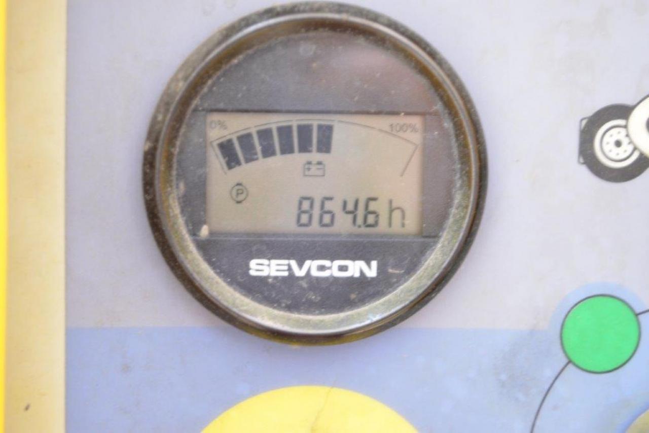 28539 HAULOTTE HA 15 IP - AKU, 2007