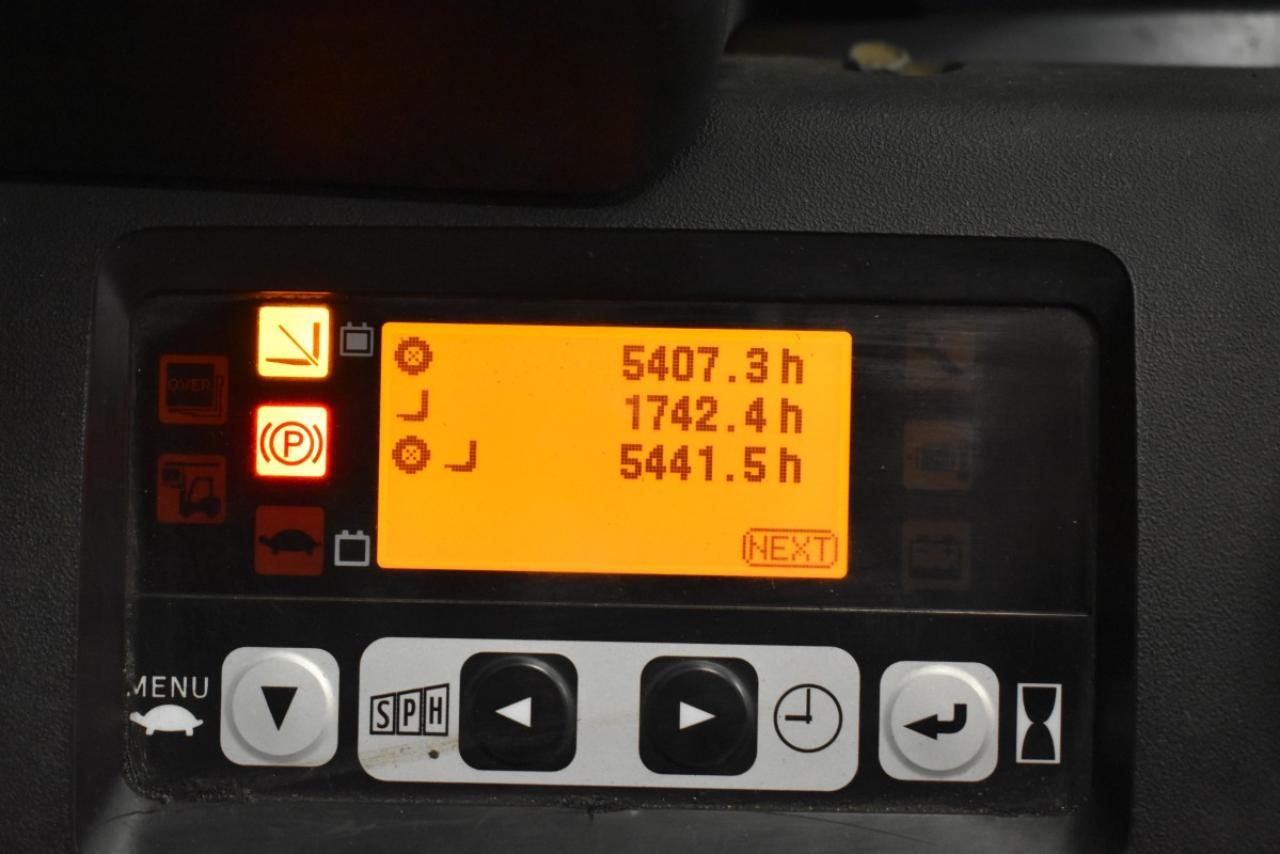 28905 TOYOTA 8FBMT20 - AKU, 2011, Kabina, BP, pouze 5439 mth