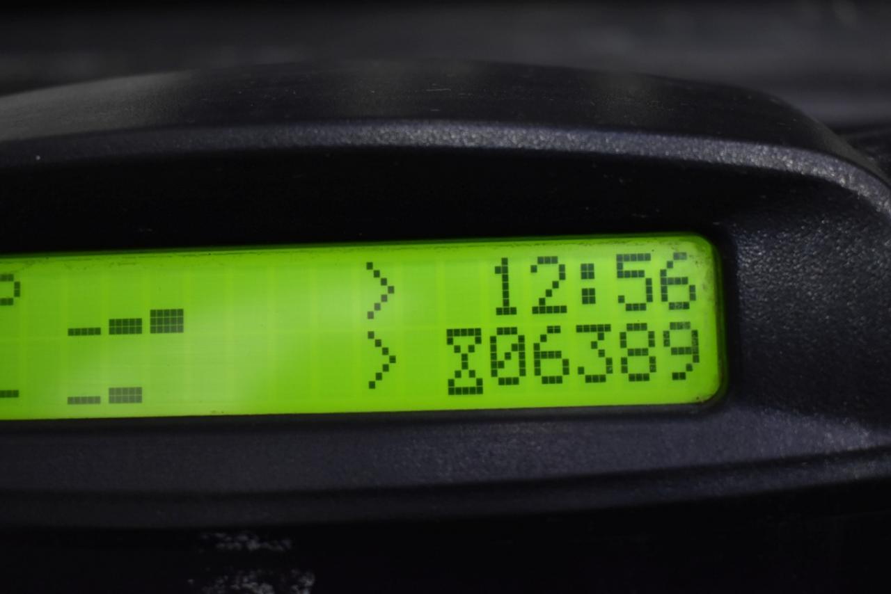 29906 YALE GDP 25 VX - Diesel, 2013, polokabina, BP, volný zdvih, Triplex, pouze 6389 mth