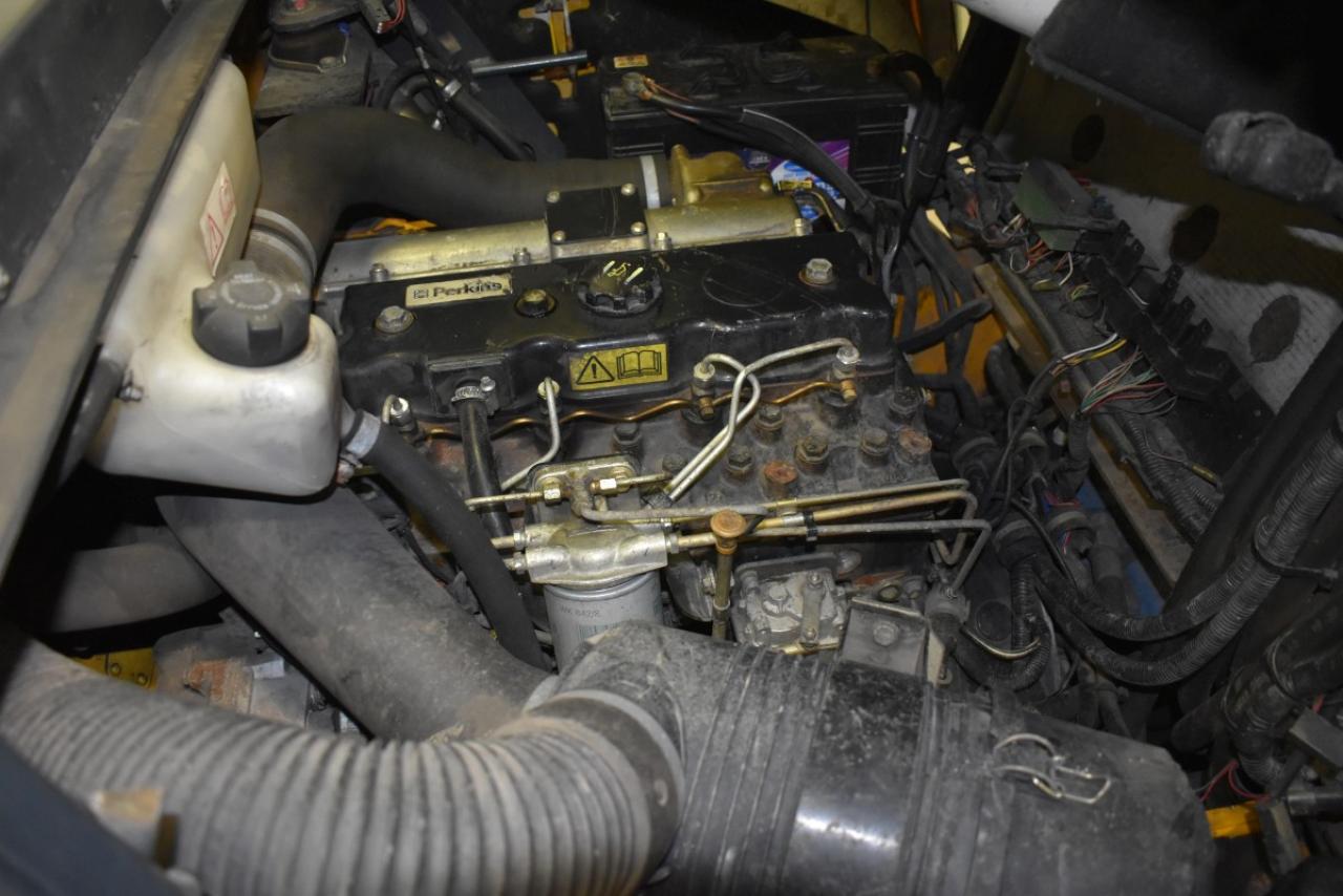 29975 JUNGHEINRICH DFG 40 CS - Diesel, 2003, Kabina, BP, pouze 3786 mth