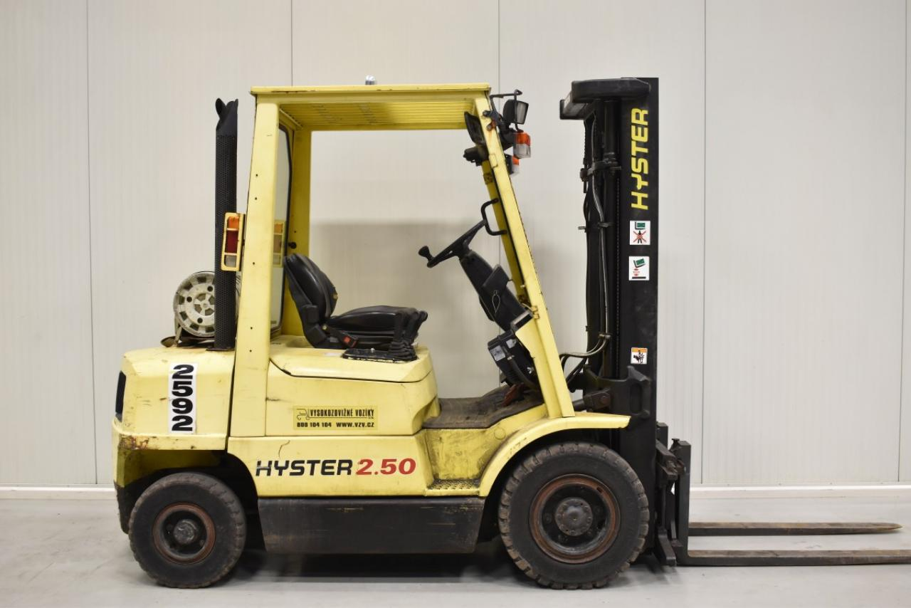 30204 HYSTER H 2.50 XM - LPG, 2000, polokabina, BP