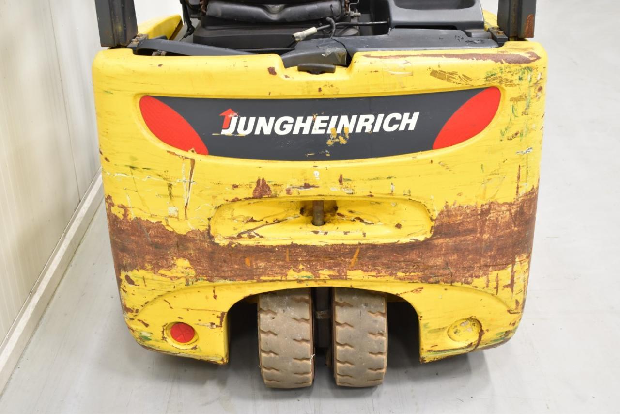 30225 JUNGHEINRICH EFG 213 - AKU, 2006, BP, volný zdvih, Triplex, pouze 4605 mth, BAT 2011