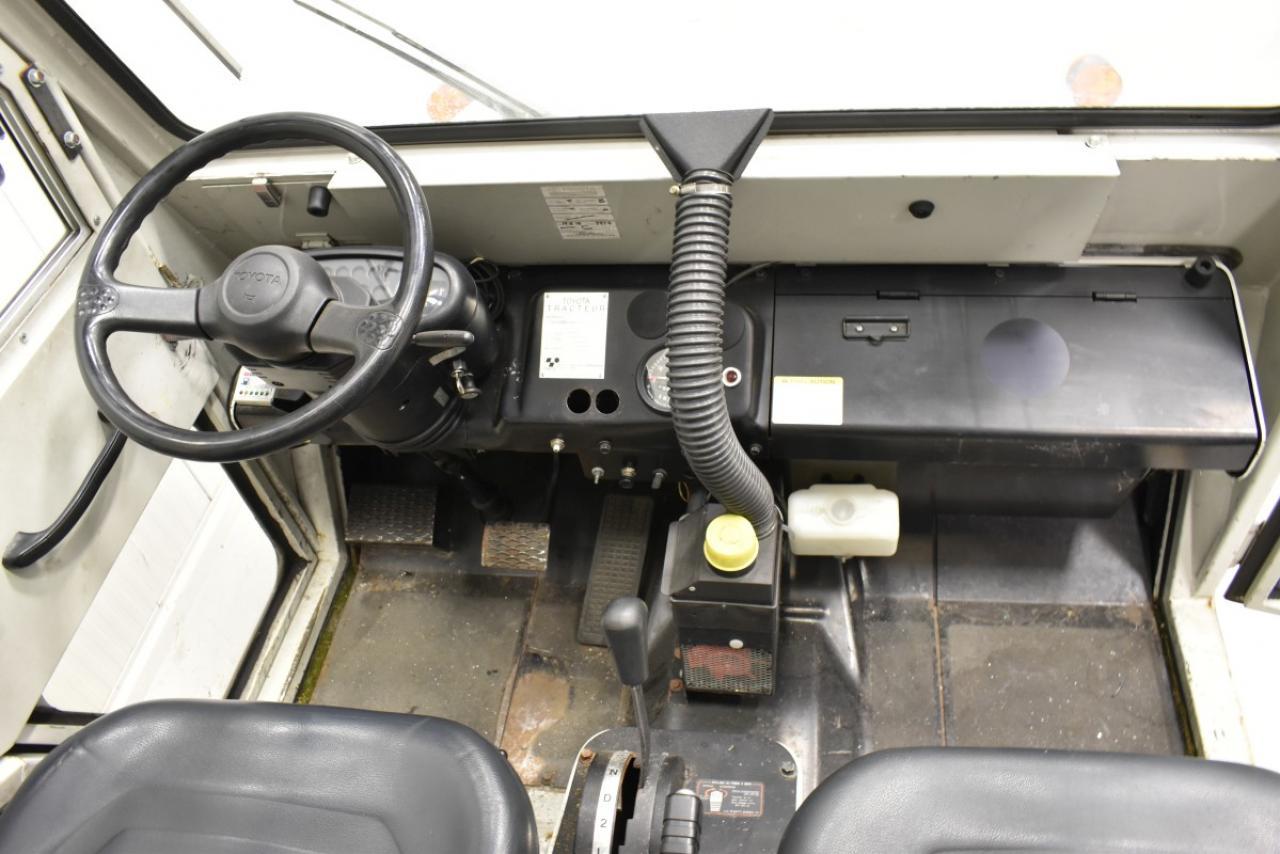 30414 TOYOTA 02-2TG20 - LPG, 2007, Kabina