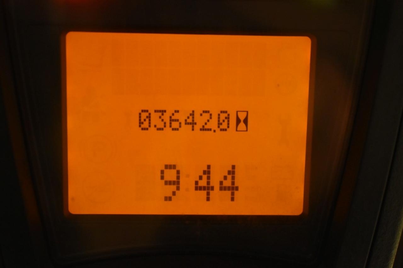 30441 LINDE H 16 T-01 - LPG, 2015, Kabina, zánovní - 3642 mth