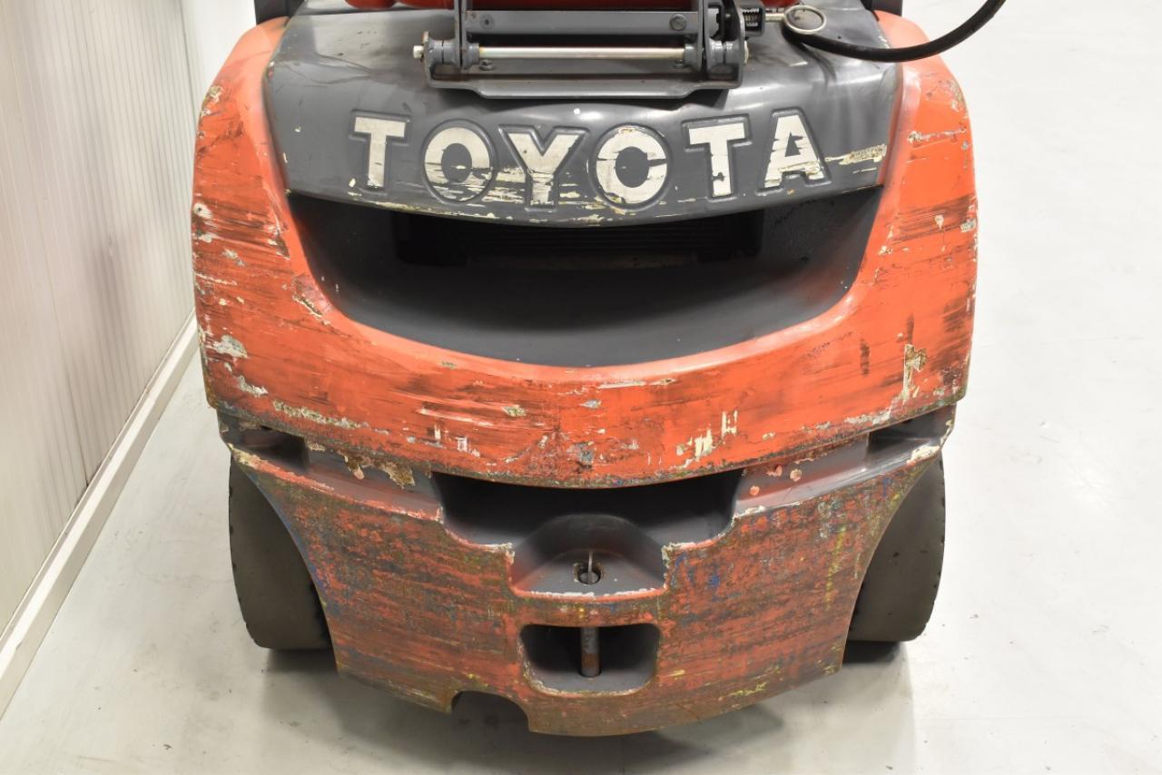 30594 TOYOTA 02-8FGF25 - LPG, 2012, BP