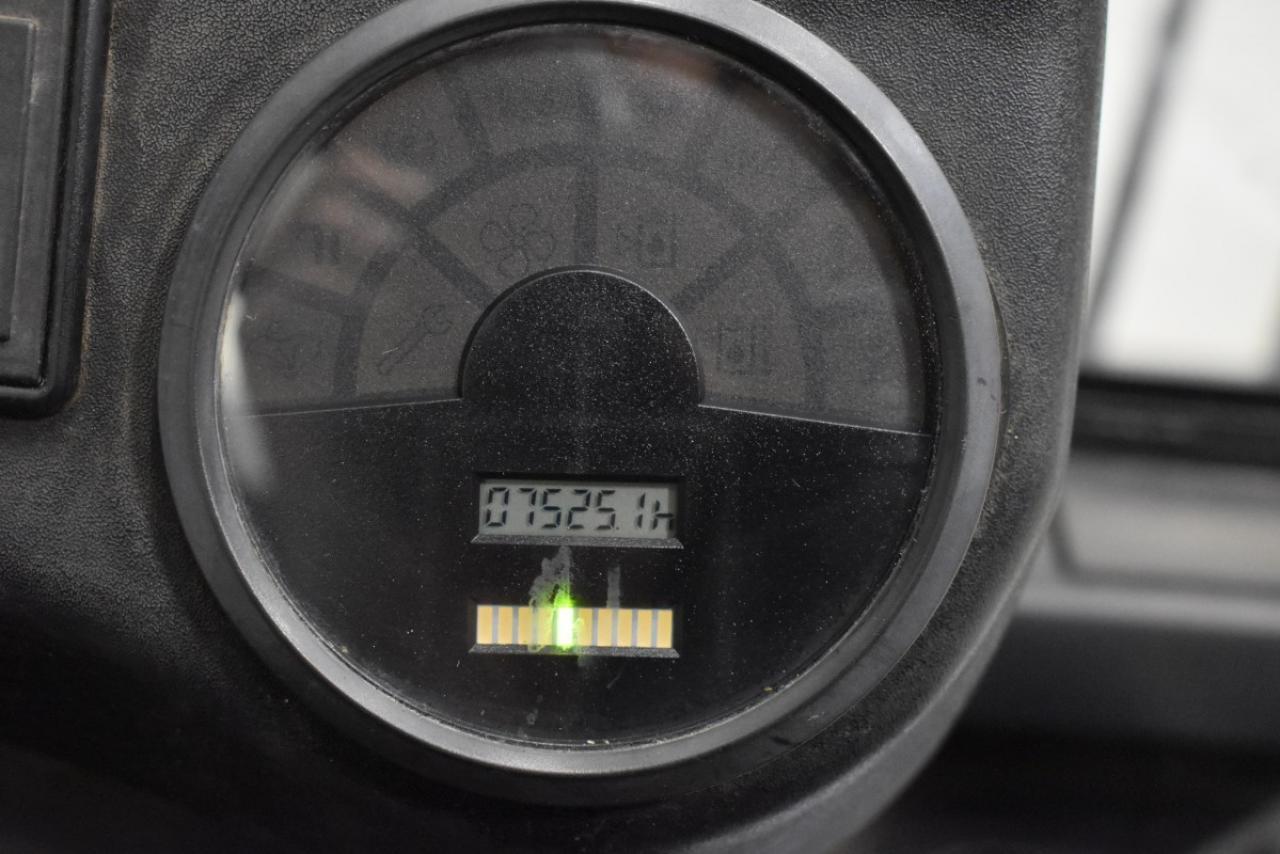 30725 LINDE E 25/02 - AKU, 2009, polokabina, BP