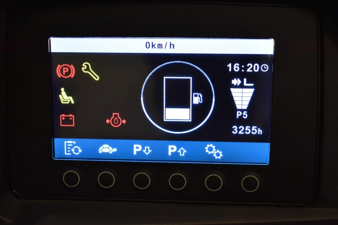 30927 JUNGHEINRICH DFG 425 S - Diesel, 2016, Kabina, BP, volný zdvih, pouze 3255 mth