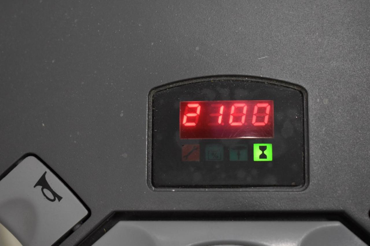 31015 TOYOTA 7SM12F - AKU, 2003, pouze 2100 mth