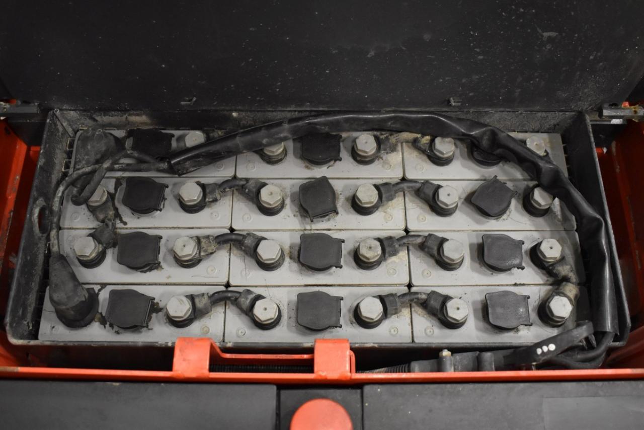 31476 LINDE L 14 - AKU, 2012, volný zdvih + přízdvih, Triplex, pouze 1519 mth