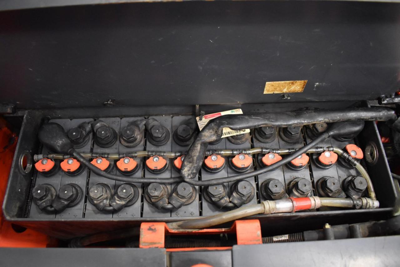 31540 LINDE L 14 - Battery, 2014