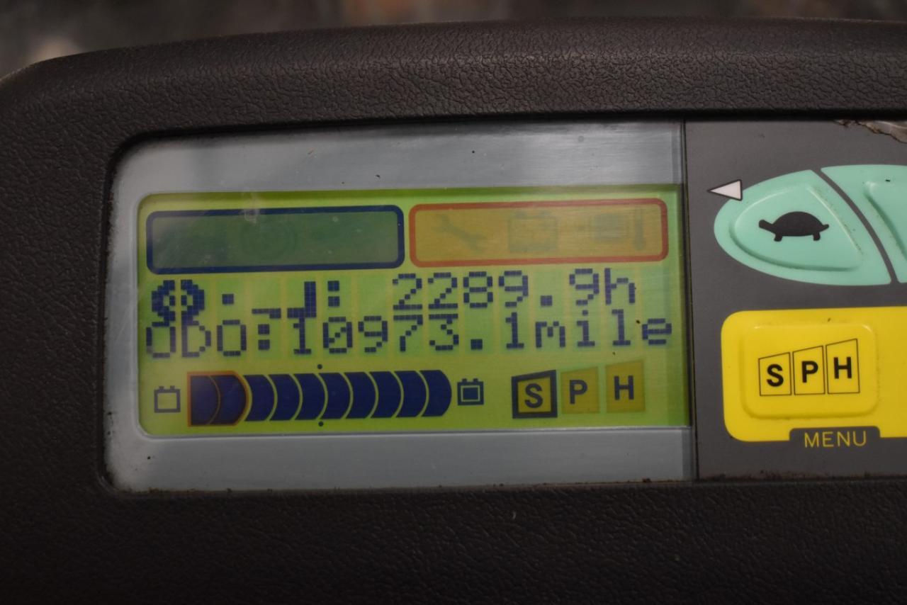 31657 TOYOTA 7FBMF20 - AKU, 2012, polokabina, BP, volný zdvih, Triplex, pouze 2289 mth