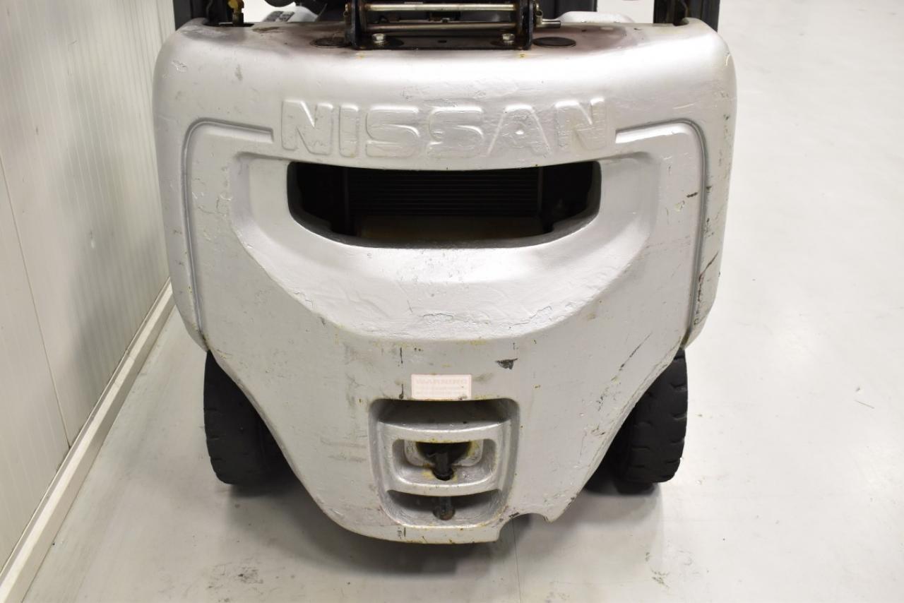 31680 NISSAN P1D1A18LQ - LPG, 2011, BP