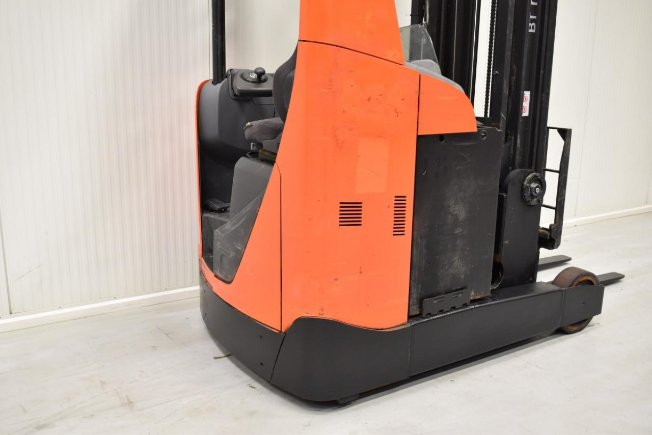 31775 BT RRE 200 - Battery, Reach truck, 2015, SS, free lift, TRIPLEX