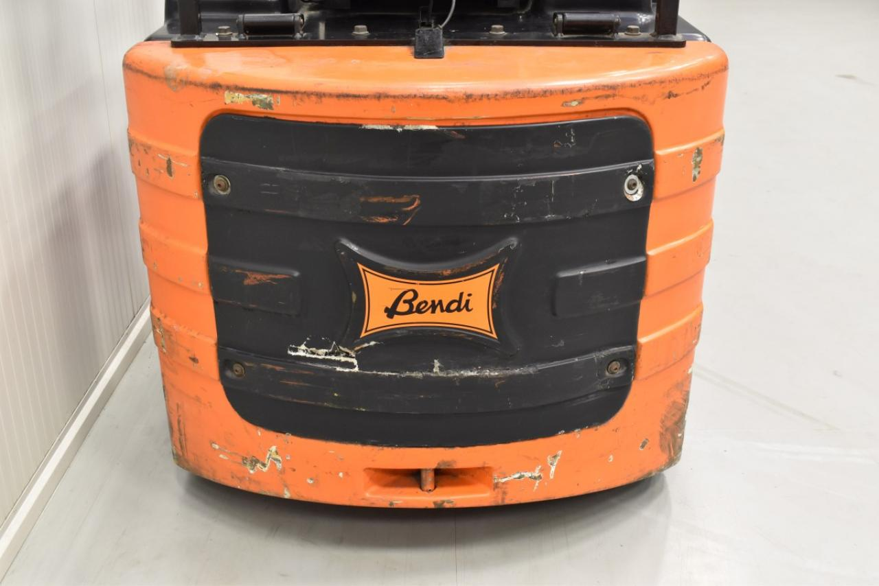 31988 BENDI BE4047XSS - Battery, 2002, SS, Free lift, TRIPLEX, only 4071 hrs