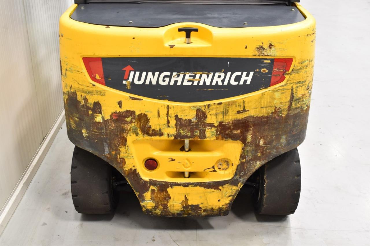 32055 JUNGHEINRICH EFG S 30 S - AKU, 2014