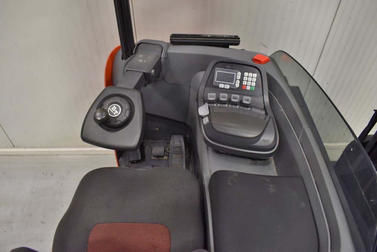 32257 BT RRE 160 - Battery, Reach truck, 2013, SS, Free lift, TRIPLEX