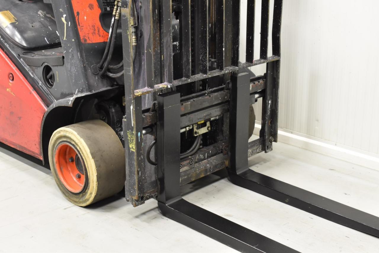 32291 LINDE H 20 D-01 - Diesel, 2012, BP, volný zdvih, Triplex