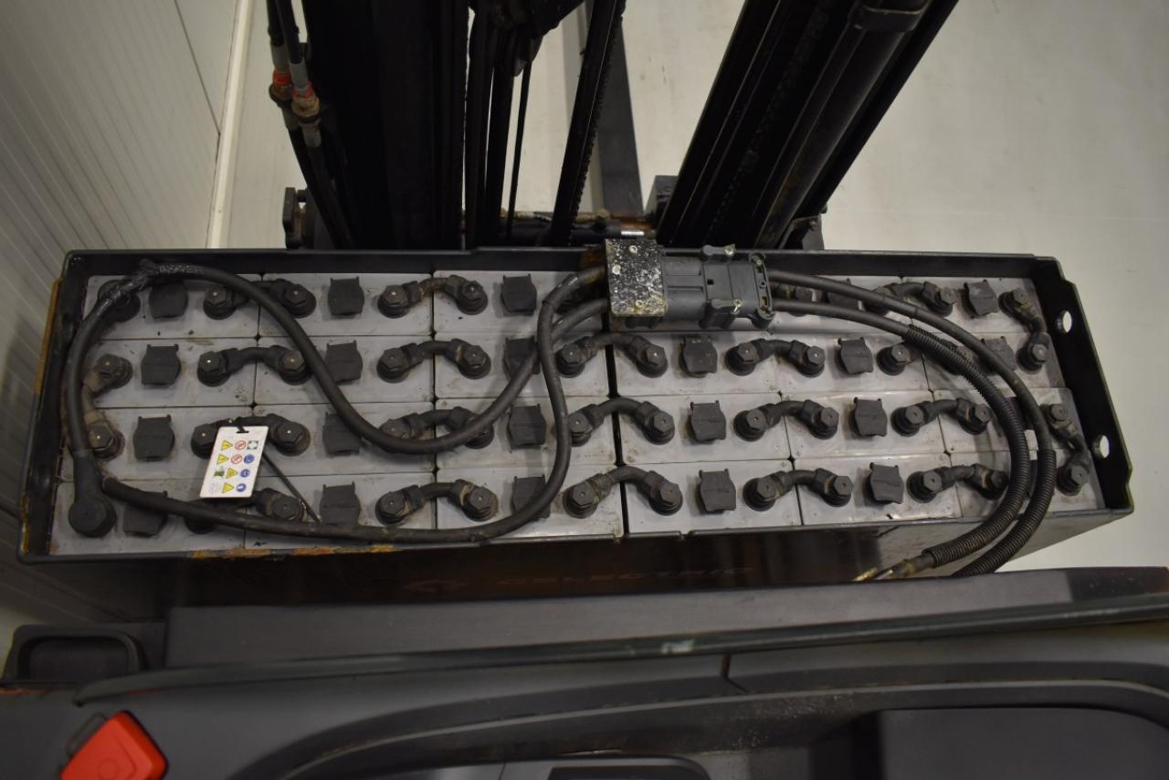 32315 BT RRE 160 - Battery, Reach truck, 2013, SS, Free lift, TRIPLEX