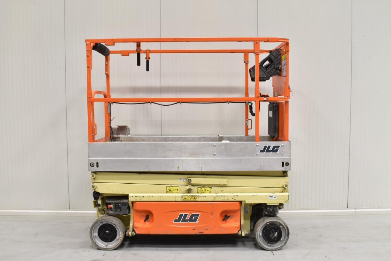 32412 JLG 1930 ES - AKU, 2012, pouze 40 mth