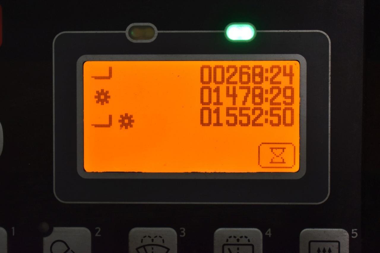 32460 TOYOTA 8FBMKT20 - AKU, 2014, polokabina, BP, volný zdvih, Triplex, pouze 1551 mth