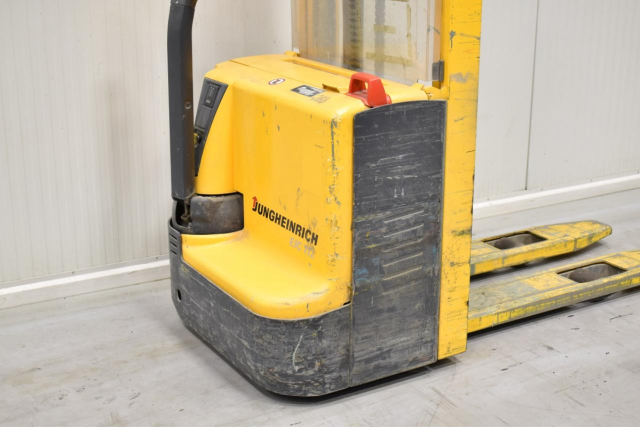 32722 JUNGHEINRICH EJC 112 - Battery, 2012, only 1429 hrs