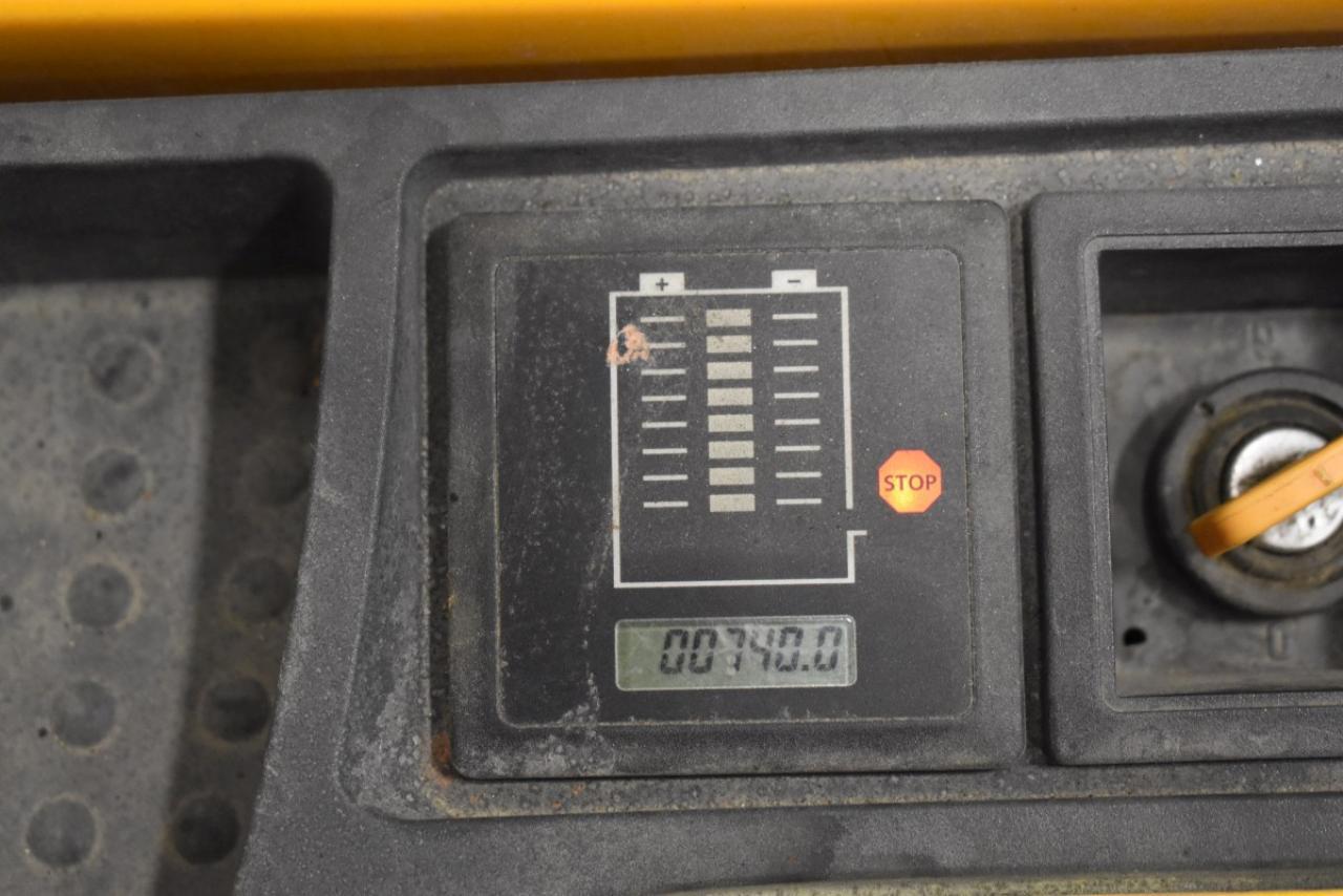 32724 JUNGHEINRICH EJC 212 Z - AKU, 2014, volný zdvih + přízdvih, Triplex, pouze 740 mth