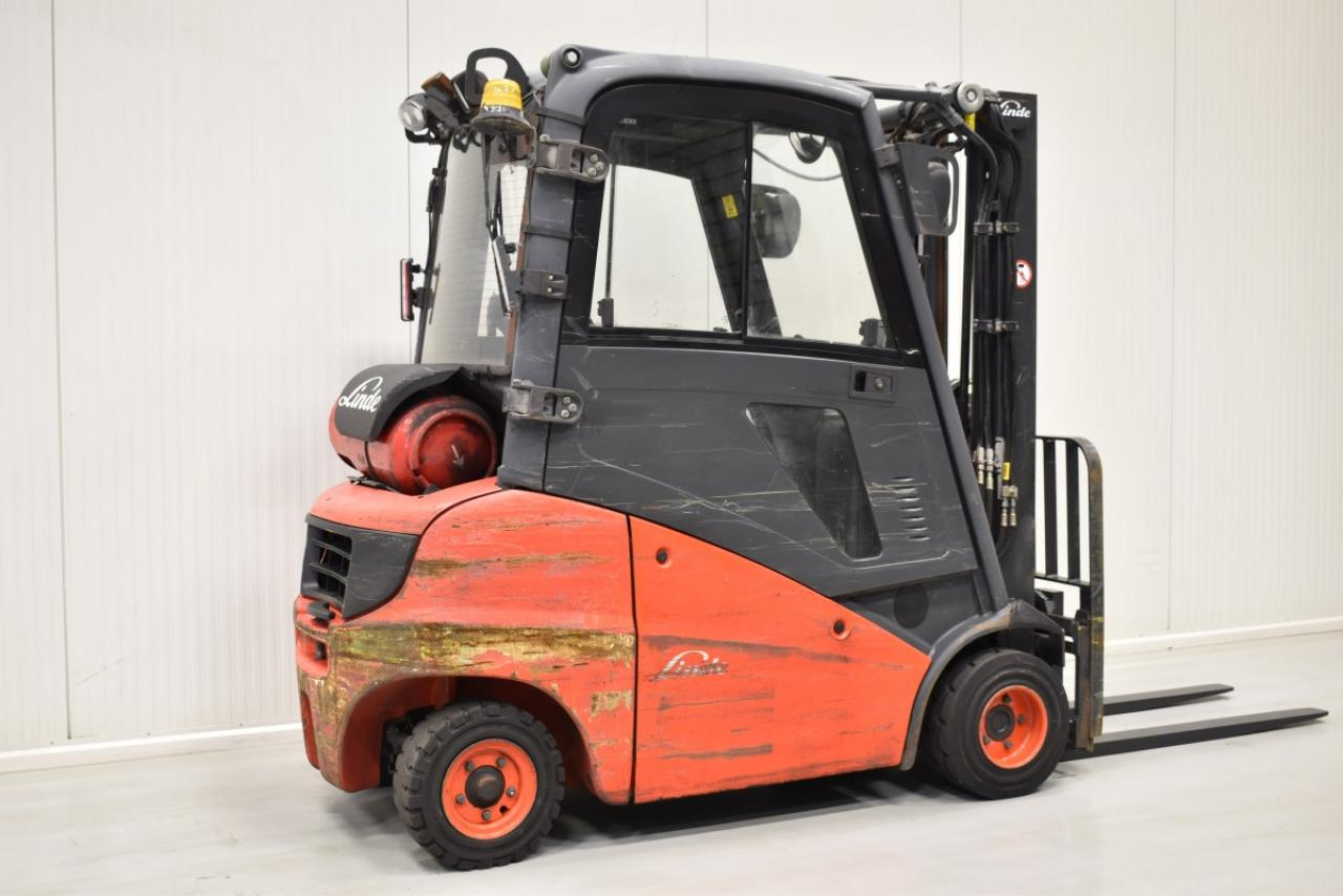 32817 LINDE H 20 T-01  - LPG, 2013, Kabina, BP, volný zdvih, Triplex