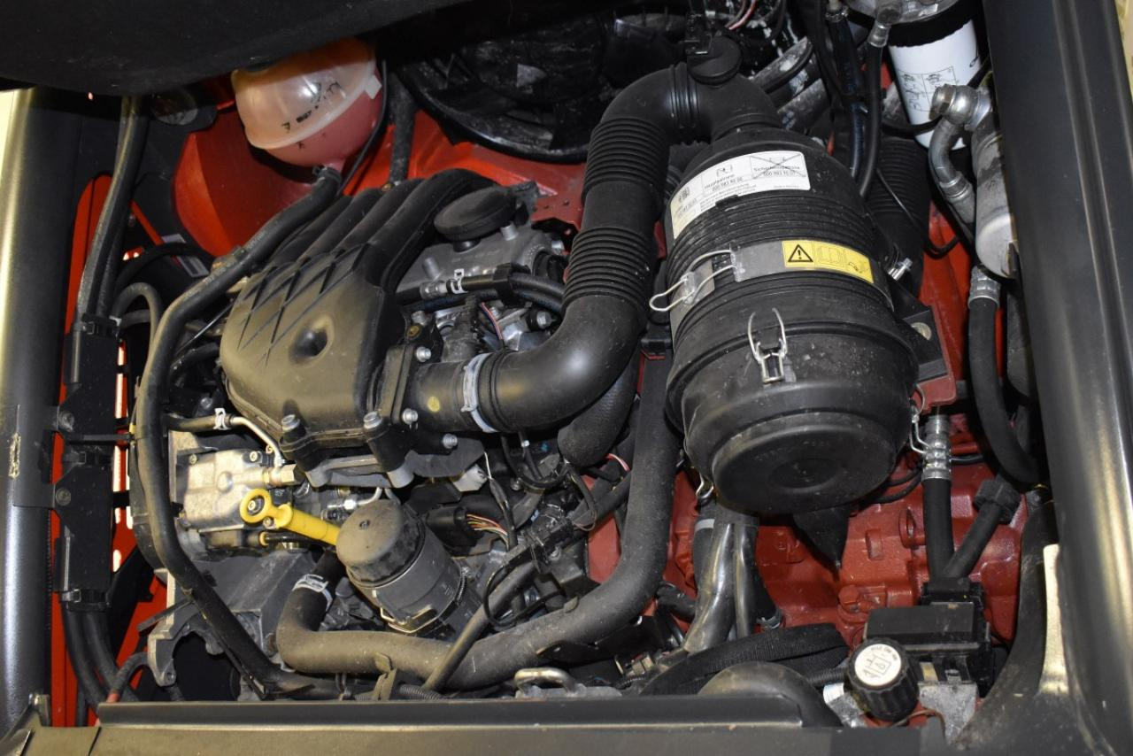 32818 LINDE H 25 D-02 - Diesel, 2014, BP, volný zdvih, Triplex