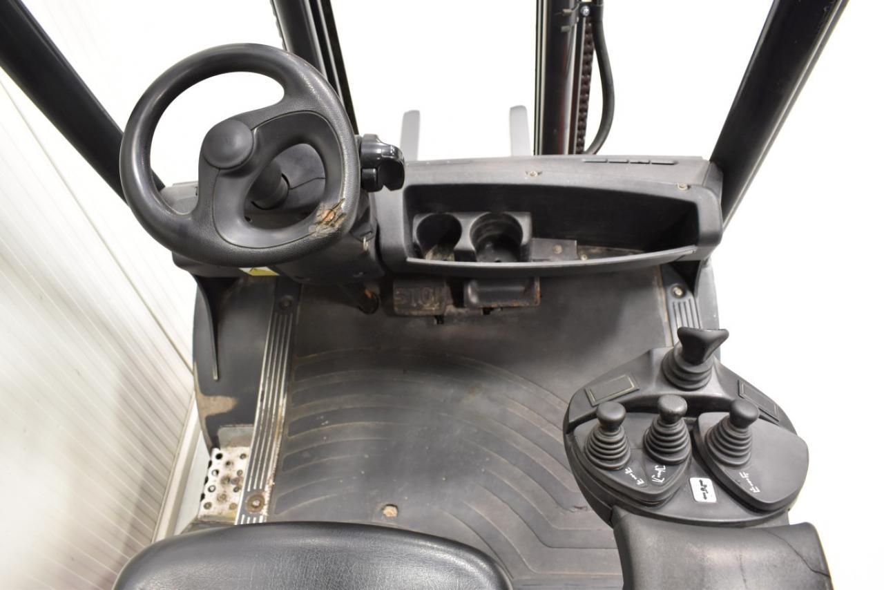 32863 LINDE H 25 D-01 - Diesel, 2010, BP