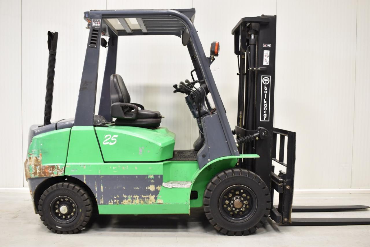 32884 BALKANCAR DV 1725 SL - Diesel, 2014, BP, pouze 498 mth