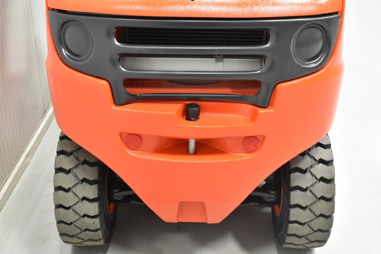 32895 LINDE H 35 D - Diesel, 2007, polokabina, BP, Volný zdvih