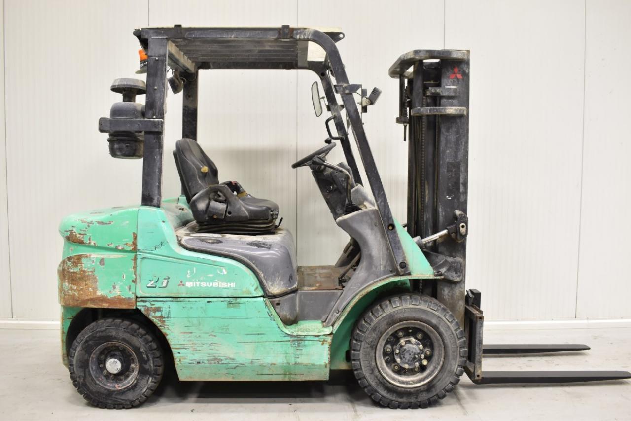 33151 MITSUBISHI FD 25 - Diesel, 2004, pouze 4866 mth