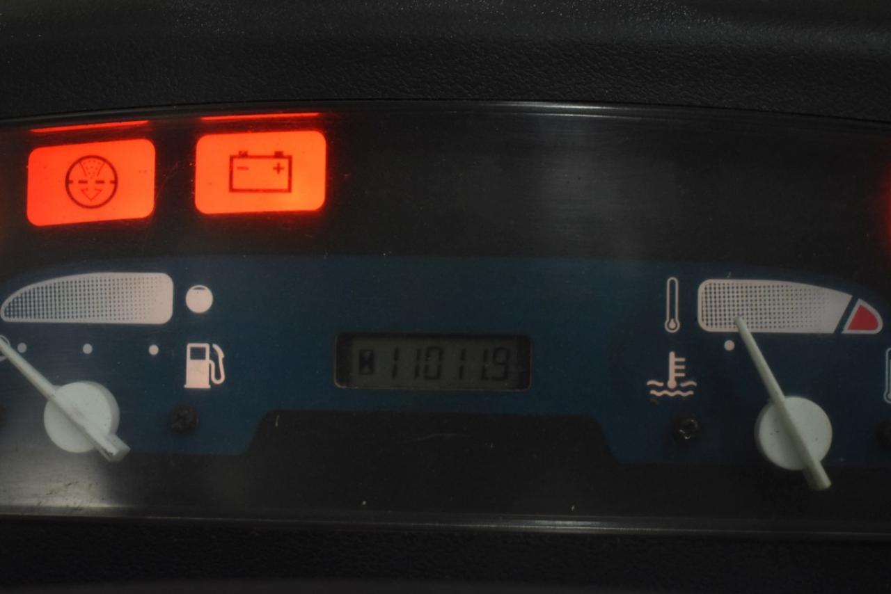 33320 TOYOTA 02-7FD35 - Diesel, 2003, polokabina, BP+HSV