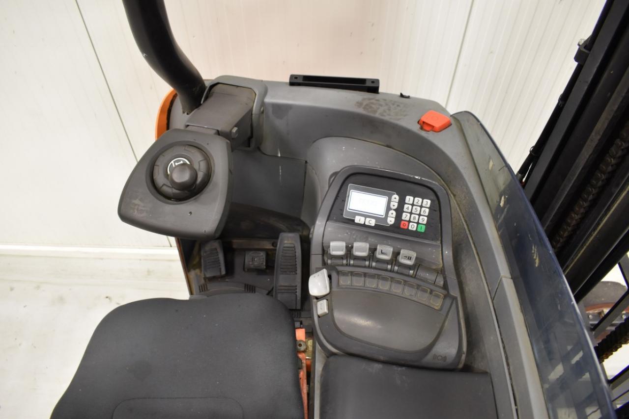33328 BT RRE 180 - AKU, Retrak, 2010, BP, Drive-in, volný zdvih, Triplex