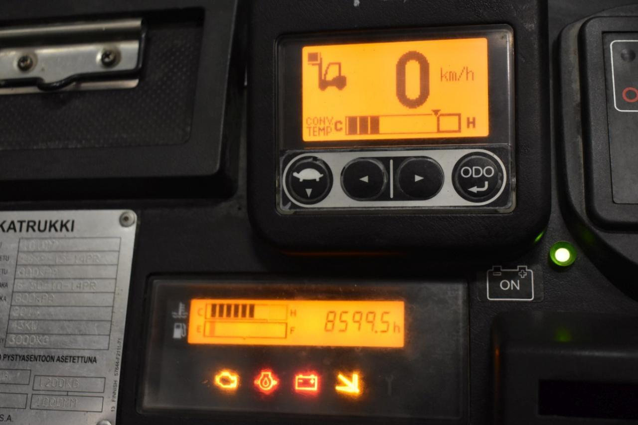 33410 TOYOTA 02-8FGF30 - LPG, 2014, Kabina, BP+HSV, volný zdvih