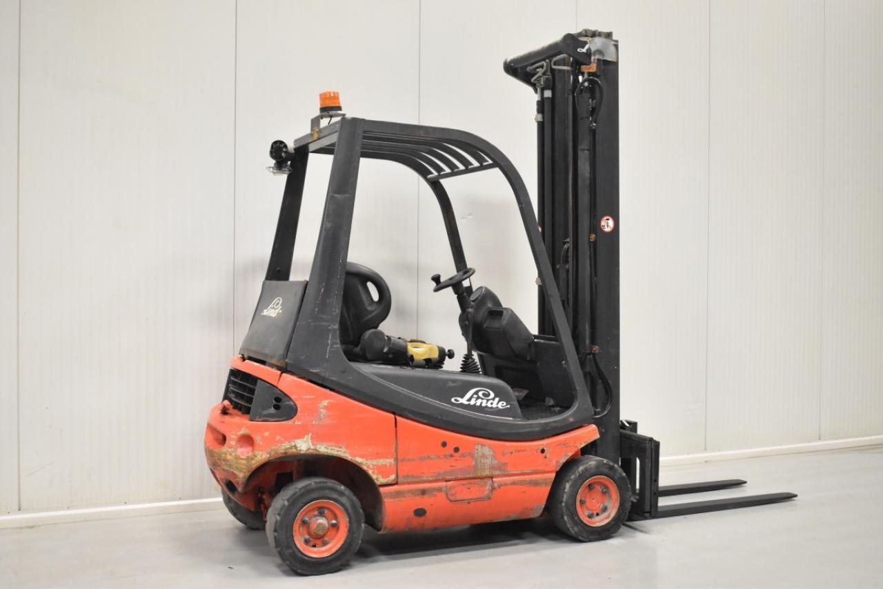 33669 LINDE H 16 D-03 - Diesel, 2001, BP, Volný zdvih, Triplex