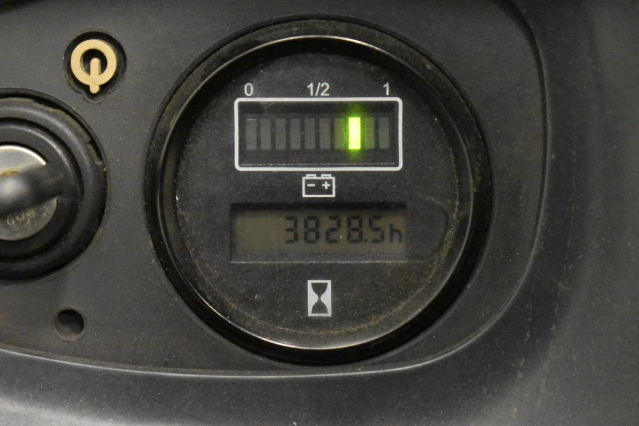 33801 LINDE L 14 AP - AKU, 2011, volný zdvih + přízdvih, pouze 3828 mth, BAT 2017