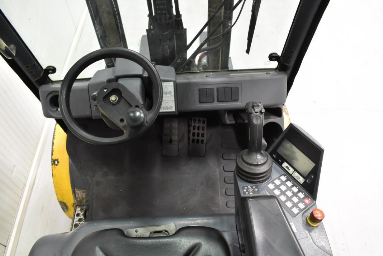 33841 JUNGHEINRICH DFG 430 S - Diesel, 2014, semi-cabin, SS, Free lift