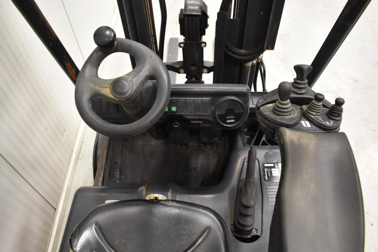 33983 LINDE E 18 C-02 - AKU, 2005, BP, Volný zdvih, Triplex, pouze 5518 mth