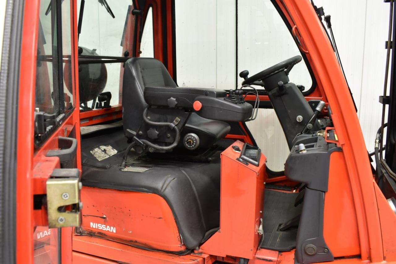 34057 NISSAN UD02A25PQ - LPG, 2006, Cabin, SS, Free lift