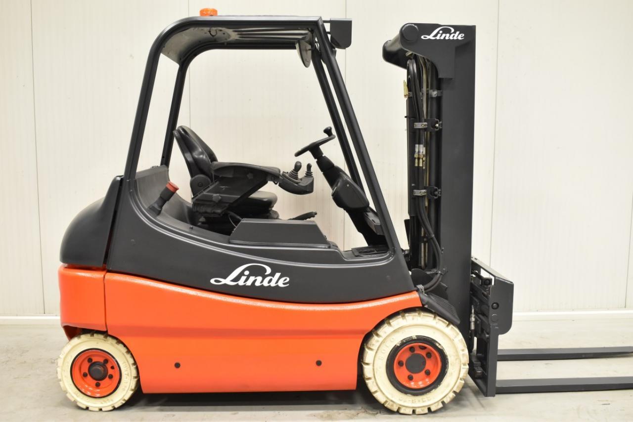 35061 LINDE E 25-02 - Battery, 2005, SS+FP, Free lift, TRIPLEX, only 6212 hrs, BATT 2012