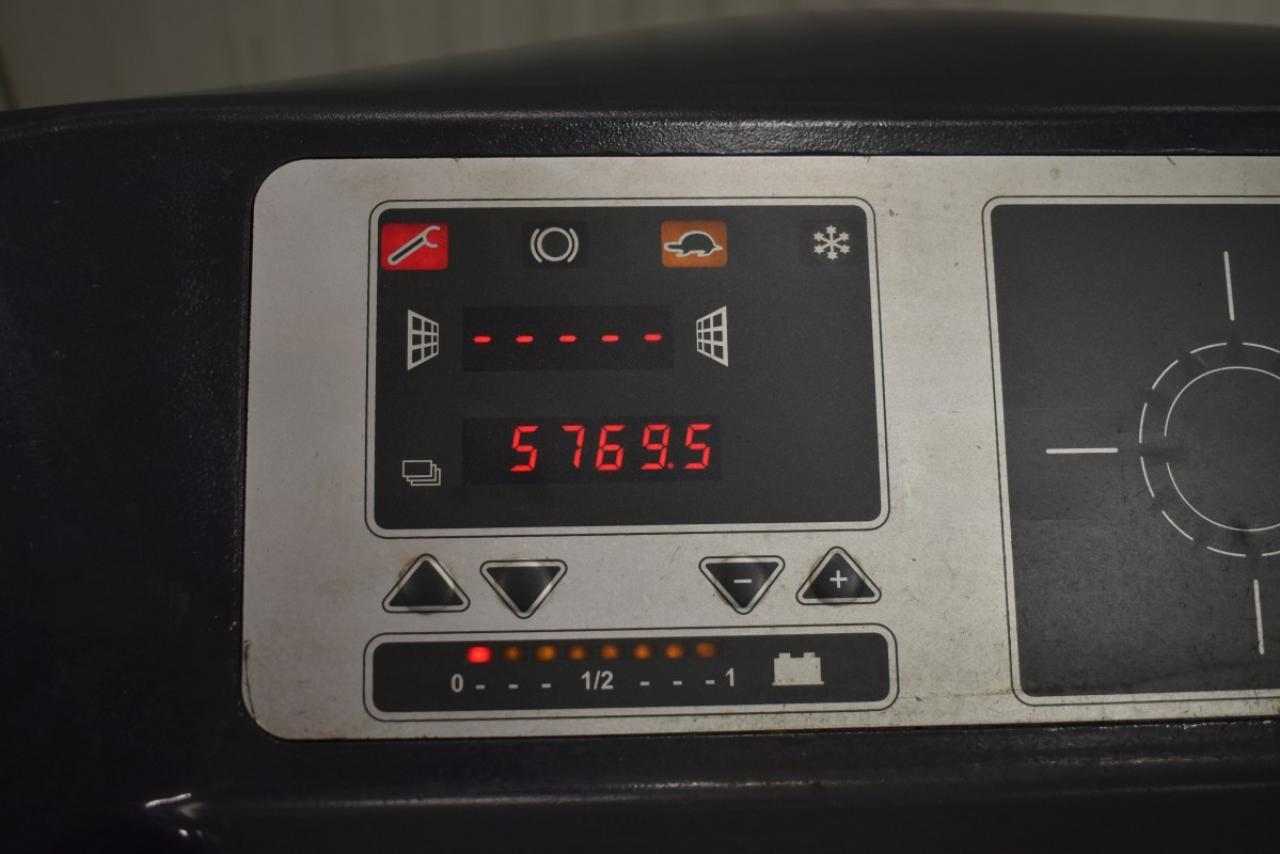 35088 OM XR 14 AC - AKU, Retrak, 2007, BP, Volný zdvih, Triplex, pouze 5769 mth