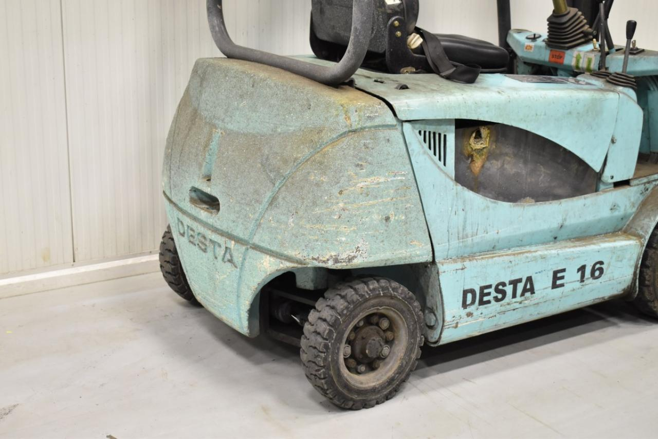35223 DESTA E 16 - AKU, 2001
