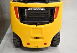 JUNGHEINRICH TFG 320 S - LPG, 2013, polokabina, BP, volný zdvih, Triplex