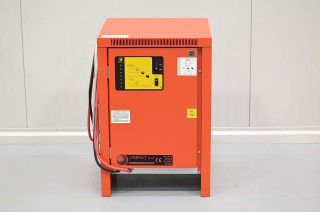 Ladegerät 80V/80A COMPACT 3000