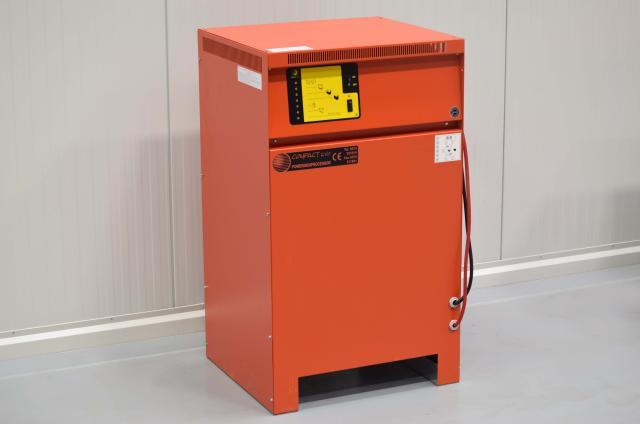 nabíječka 80V/120A COMPACT 3000