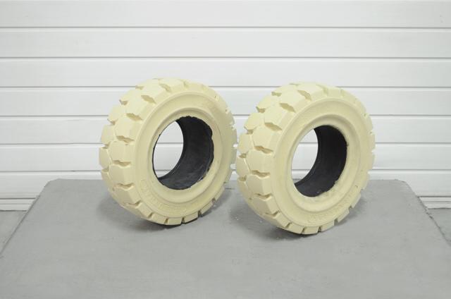 Pneumatika 27X10-12; CBX 8.00G D